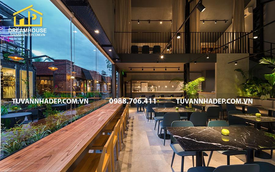 thiết kế nội thất nhà hàng ăn nhanh view nhìn ra ngoài đẹp