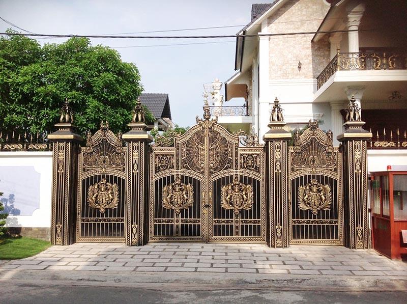 hình ảnh cổng nhôm đúc đồng