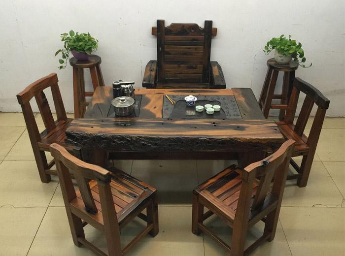 bàn phòng khách bằng gỗ tự nhiên