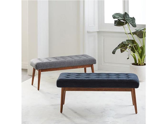 những chiếc ghế nệm dài kiểu dáng sang trọng