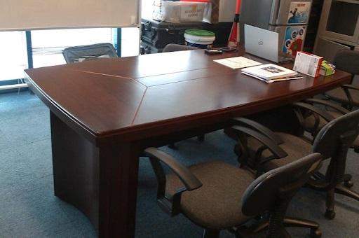 bàn ghế thanh lý văn phòng
