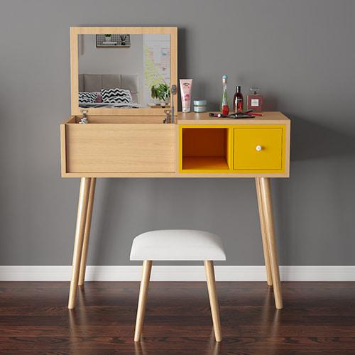 Spa làm đẹp hay sử dụng mẫu bàn trang điểm gỗ