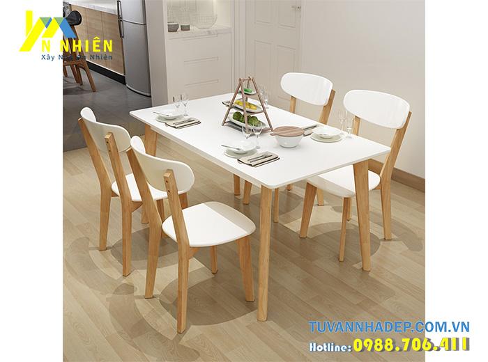 ghế ăn làm bằng nhựa