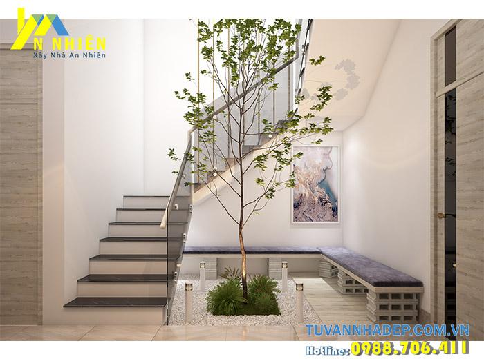 giếng trời được thiết kế cạnh cầu thang