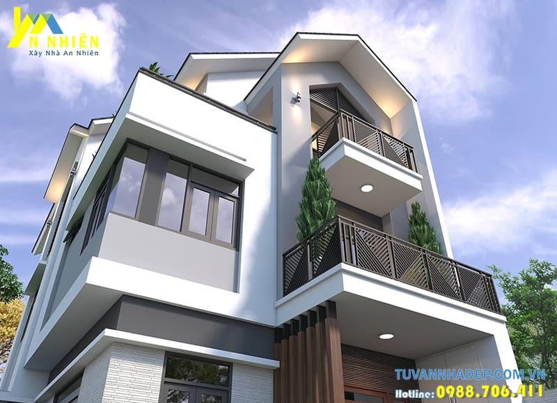 Ngôi nhà có ban cộng rộng trồng cây xanh