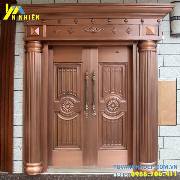 mẫu cửa gỗ lim đẹp - 13