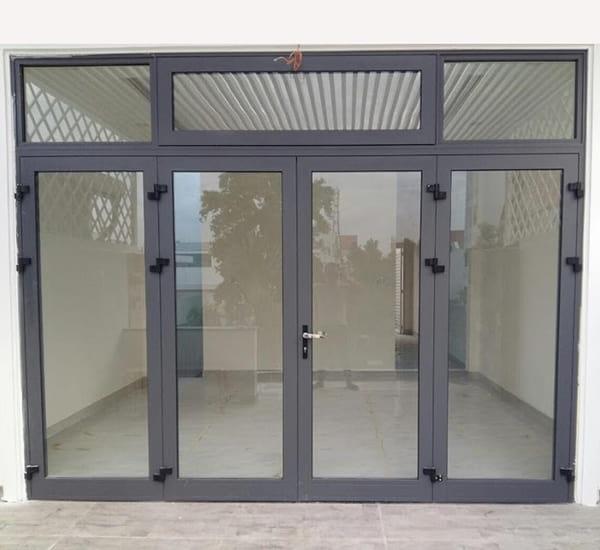 mẫu cửa đẹp đảm bảo an toàn cho ngôi nhà