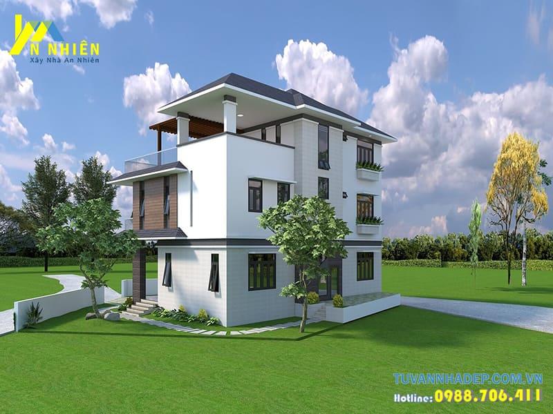 Mặt sau ngôi nhà với cách thiết kế đơn giản mang đến nhiều không gian thoáng mát