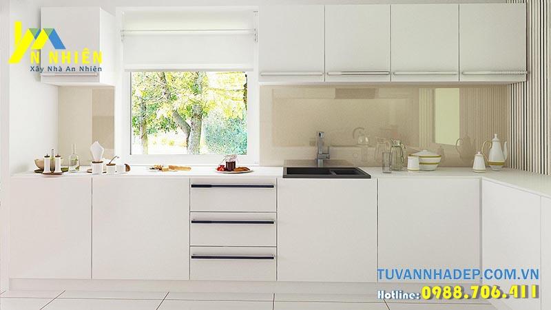 không gian bếp trắng tinh khôi