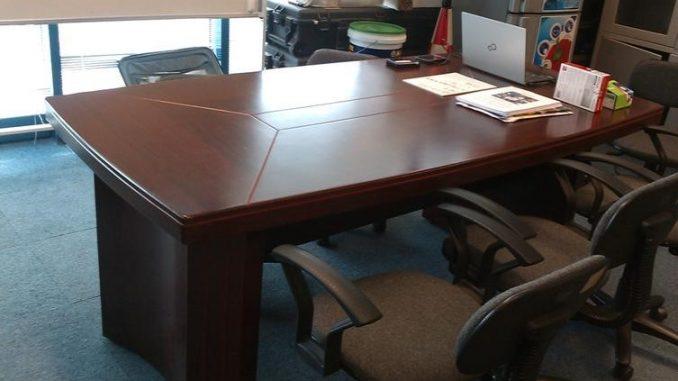 Thanh lý bàn ghế phòng giám đốc