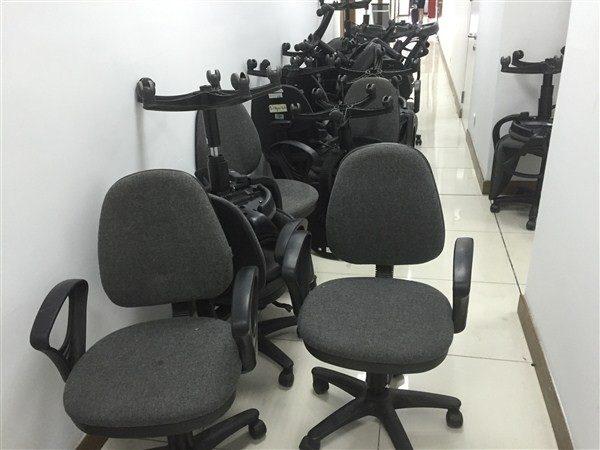 Thanh lý toàn bộ 100 ghế xoay văn phòng