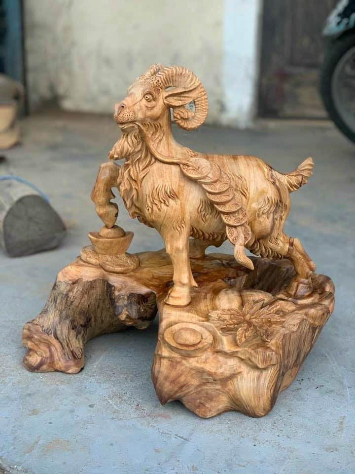 Tác phẩm nghệ thuật được làm từ gỗ Ngọc Am